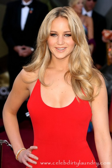 Jennifer Lawrence Cast as Katniss Everdeen!