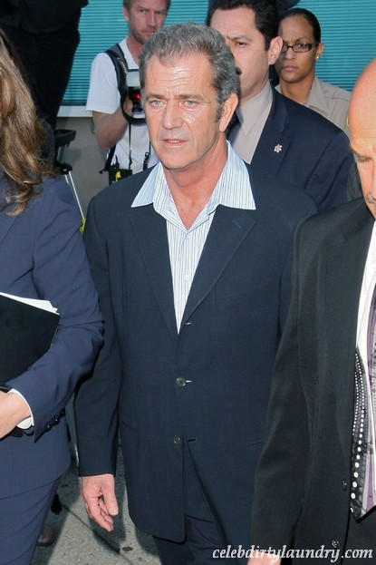Oksana Grigorieva To Sue The Pants Off Mel Gibson