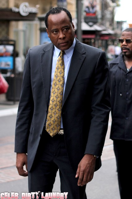 Dr. Conrad Murray Stands Alone At Trial For Michael Jackson's Death