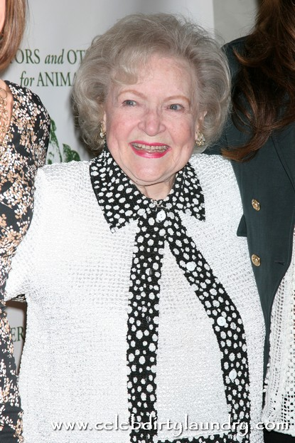 Welcome To The Latest Celebrity Feud - Lindsay Lohan Vs. Betty White