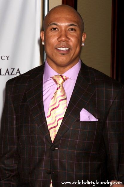 DWTS Hines Ward Placed In Handcuffs By Police At Gunpoint