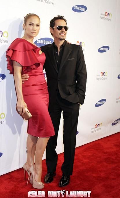 Marc Anthony Is Begging Jennifer Lopez To Take Him Back