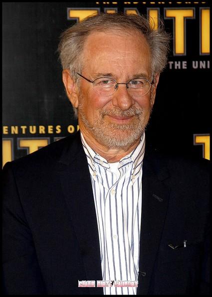 Steven Spielberg Announces 'Jurassic Park 4' For 2014