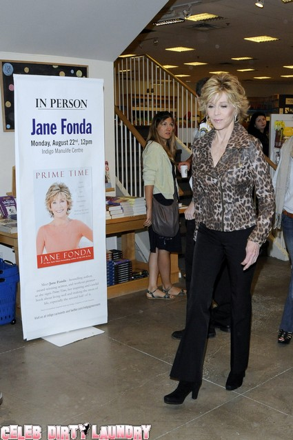 Jane Fonda Shares Intimate Sex Secrets - Won Academy Award For Sleeping With Donald Sutherland