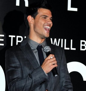 Taylor Lautner Reveals Addiction