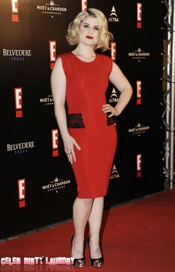 Kelly Osbourne Says She Sounds Like An 'Old Phone Sex Operator'