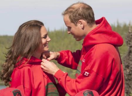 Justin Bieber Disses Prince William's Hair! 0727