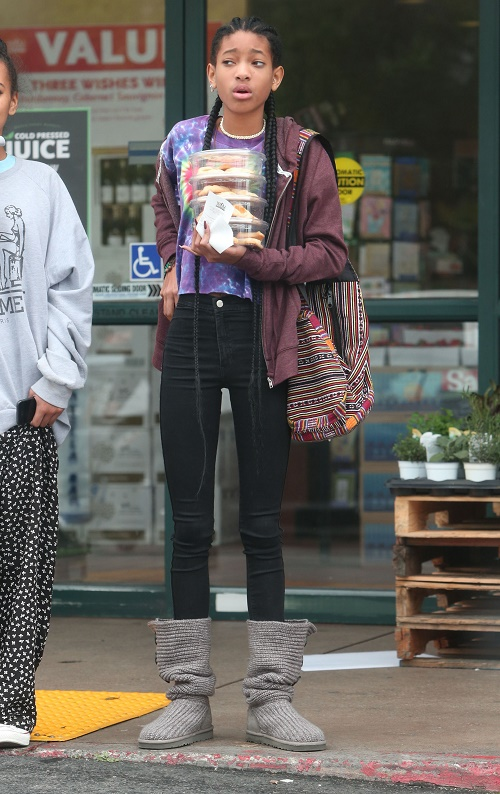 Willow Smith Weed Binge In NYC: Caught Purchasing Pot Paraphernalia - Will Smith, Jada Pinkett-Smith Think She's Cool!