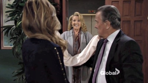 'The Young and the Restless' Spoilers: Jack Slams Phyllis – Lauren Hides Crucial Info from Michael – Nikki Gets a Shock