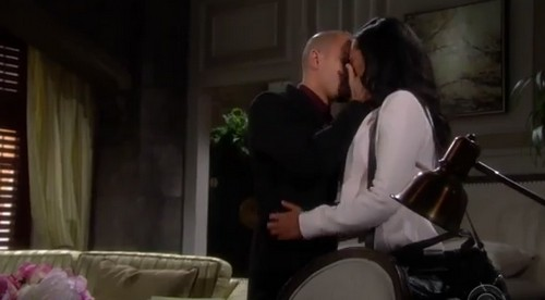 'The Young and the Restless' Spoilers: Hilary and Devon Kiss - Michael and Lauren Separate - Victor Praises Fake Jack
