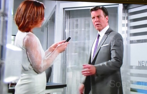 The Young and the Restless Monday Spoilers: Phyllis Sees Cryptic Text Saying Marco Dead – Ashley Turns Criminal